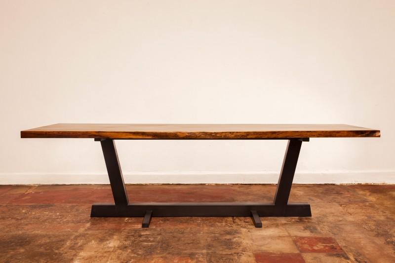 Art Brut Table Metal Base